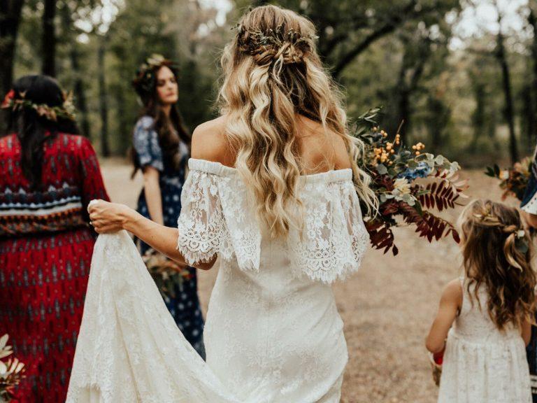 Semirrecogido de novia con ondas
